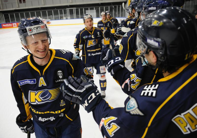 17.11.01 Kurbads – HS Rīga (8-2)